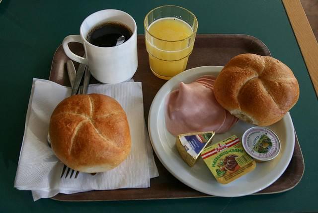 Imagen para Posteo de Blog: 7 Tips Para Hacer que Viajeros Eligan Tu Hostel